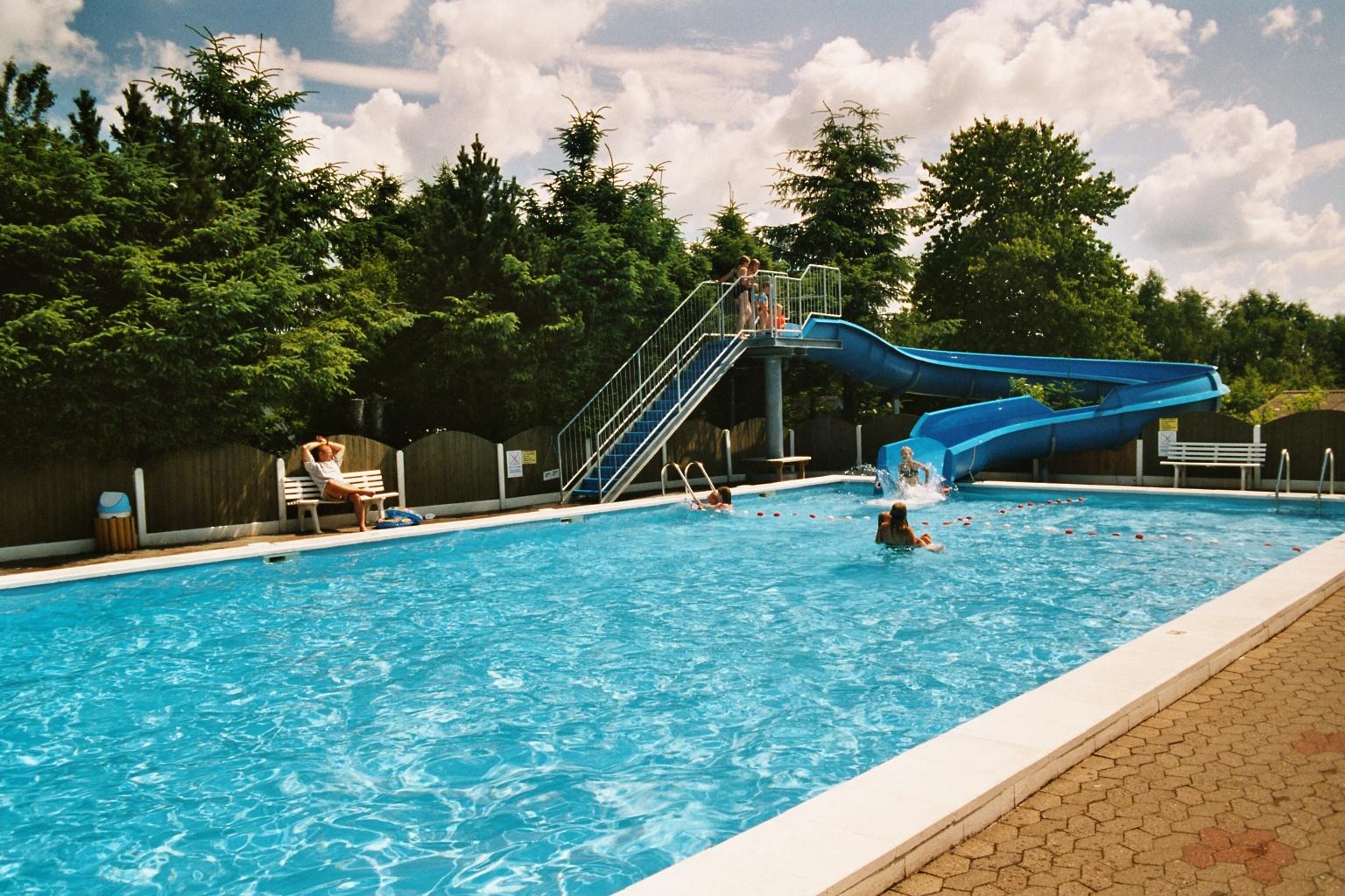 zwembad spelletjes